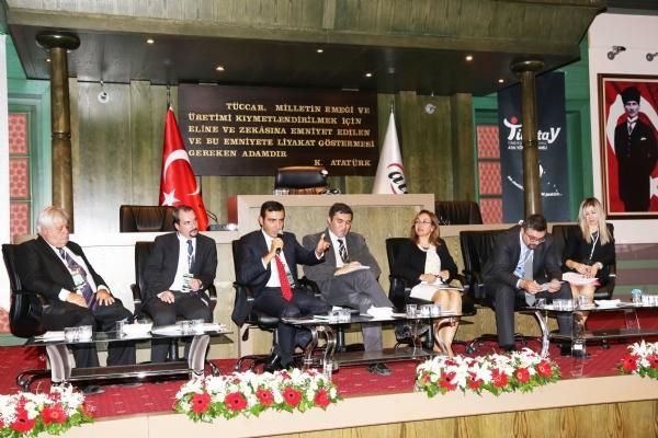 TÜRKTAY 2023'e Doğru Türkiye'de Tüm Yönleriyle Atık Yönetiminde Yeni Yaklaşımlar Paneli